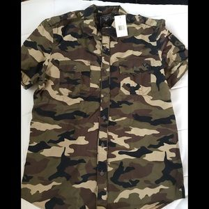 Guess cameo button down military style shirt